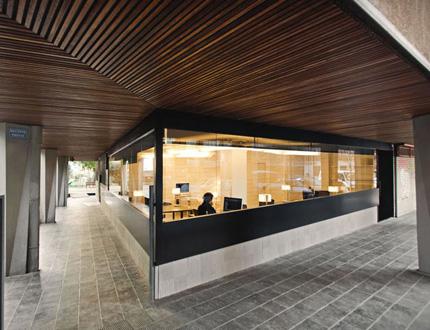 绝妙精彩的50平方米办公空间设计